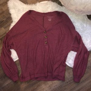 NEVER BEEN WORN AMERICAN EAGLE TOP